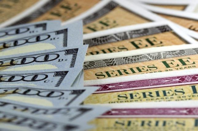 Subió la Bolsa pero retrocedieron fuerte los bonos en dólares y las acciones en EE UU