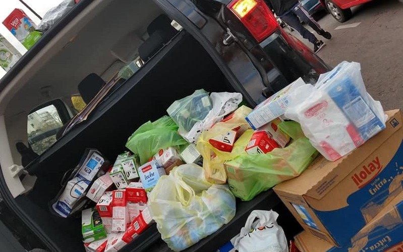 Realizaron una colecta de leche para ayudar a los comedores locales