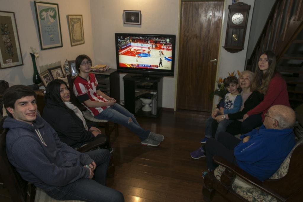 La familia del profe Manuel Álvarez también palpitó la final del Mundial de China