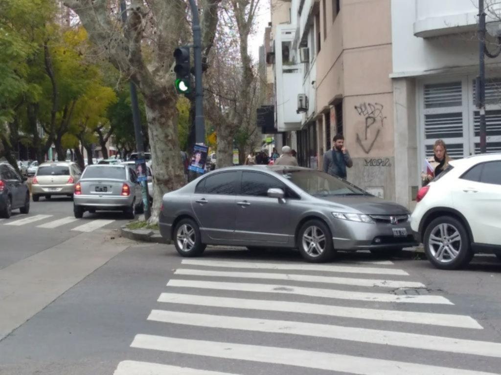 """No para el """"estaciono donde quiero"""" en el Centro"""