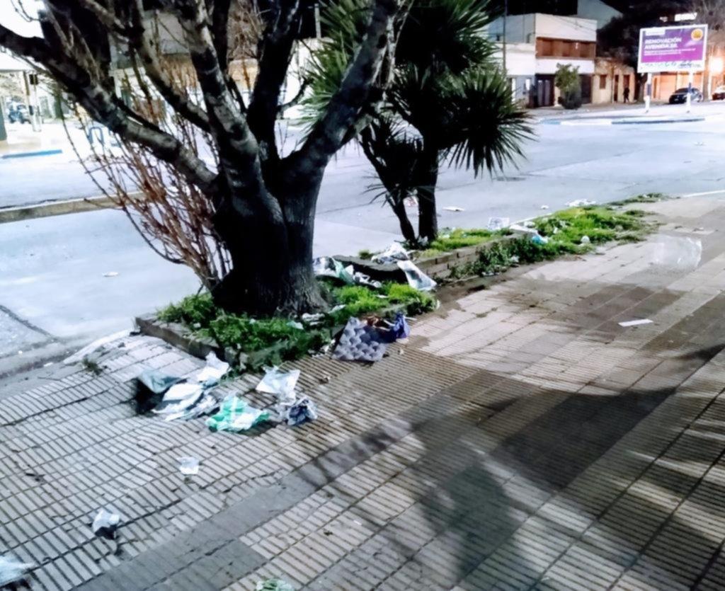 Quejas por la basura que queda tras los días de feria
