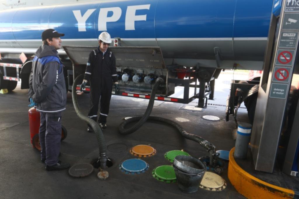 Naftas: estacioneros advierten que hay algunos problemas con el abastecimiento