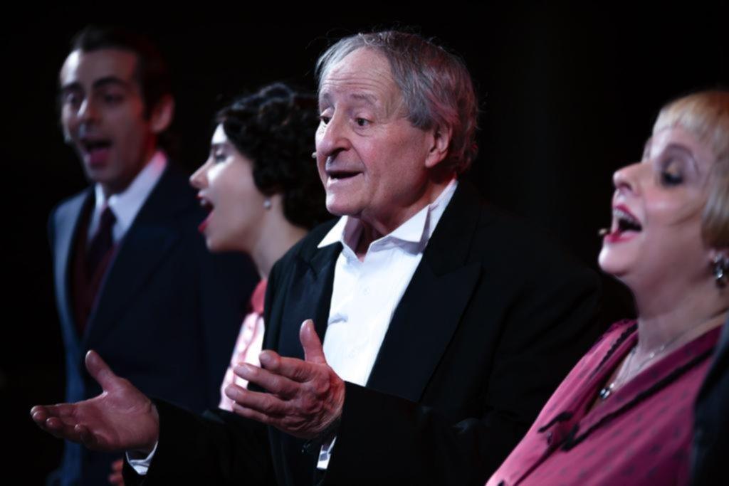 """""""Aquí cantó Gardel"""": homenaje al Zorzal Criollo en clave musical"""
