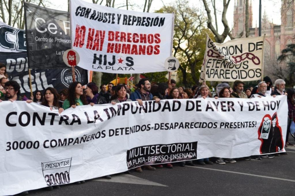 Marcha en La Plata al cumplirse 13 años de la desaparición de López