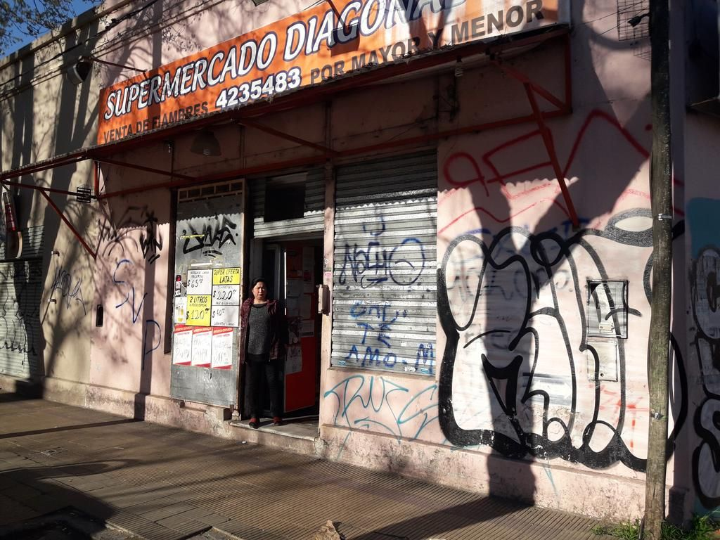 """En tres cuadras del Barrio Hipódromo hay """"terror"""" por un grupo de menores"""