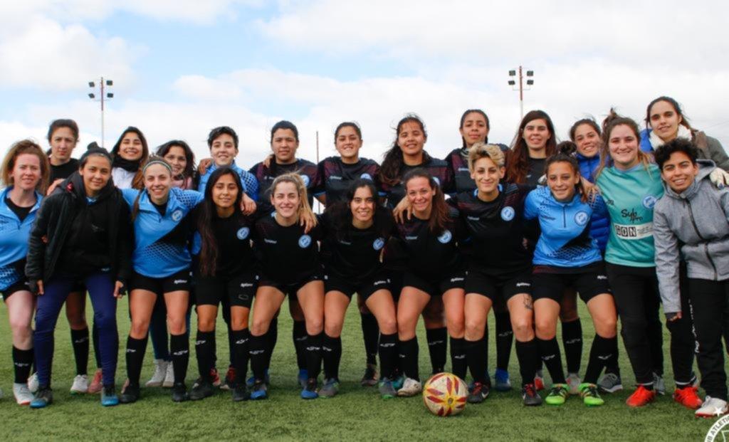 Las chicas de Gimnasia y de San Carlos inauguran el primer torneo profesional femenino