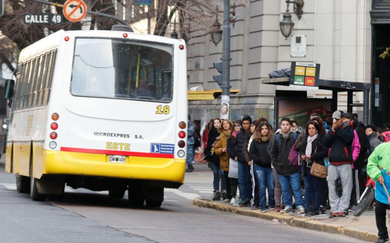 El lunes podría no haber servicios de colectivos en la Región durante varias horas