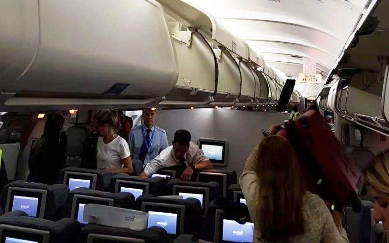 Susto en el aire: ocho heridos en vuelo de Aerolíneas que sufrió turbulencias