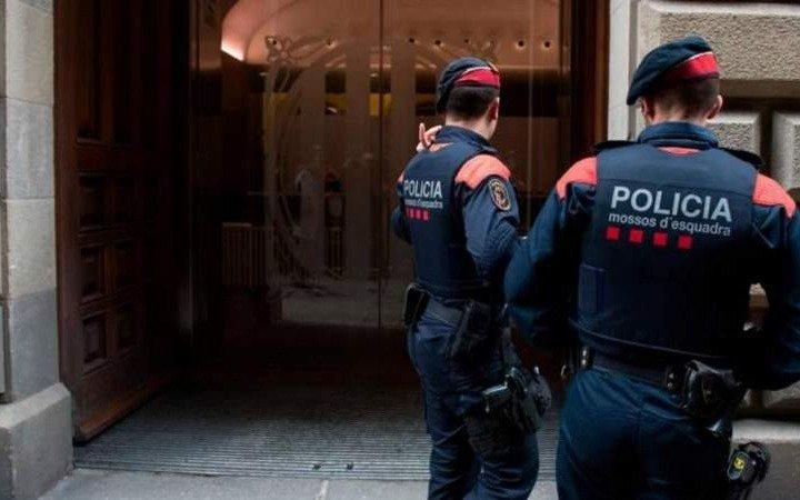 Un argentino filmó cómo moría su pareja y fue detenido