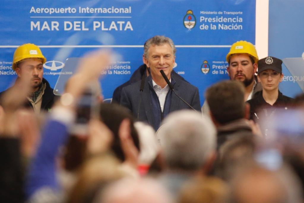 """Macri prometió """"seguir trabajando para llevar alivio a todas las familias"""""""