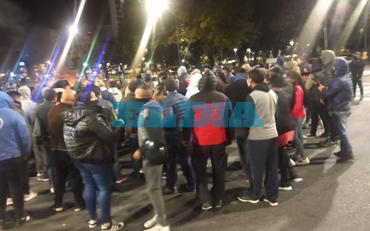 En protesta, policías marcharon desde 7 y 50 a Gobernación
