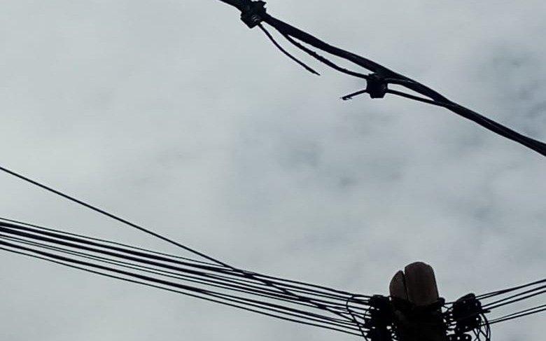 Desde 470 y 133 bis advierten por chispazos en el tendido eléctrico