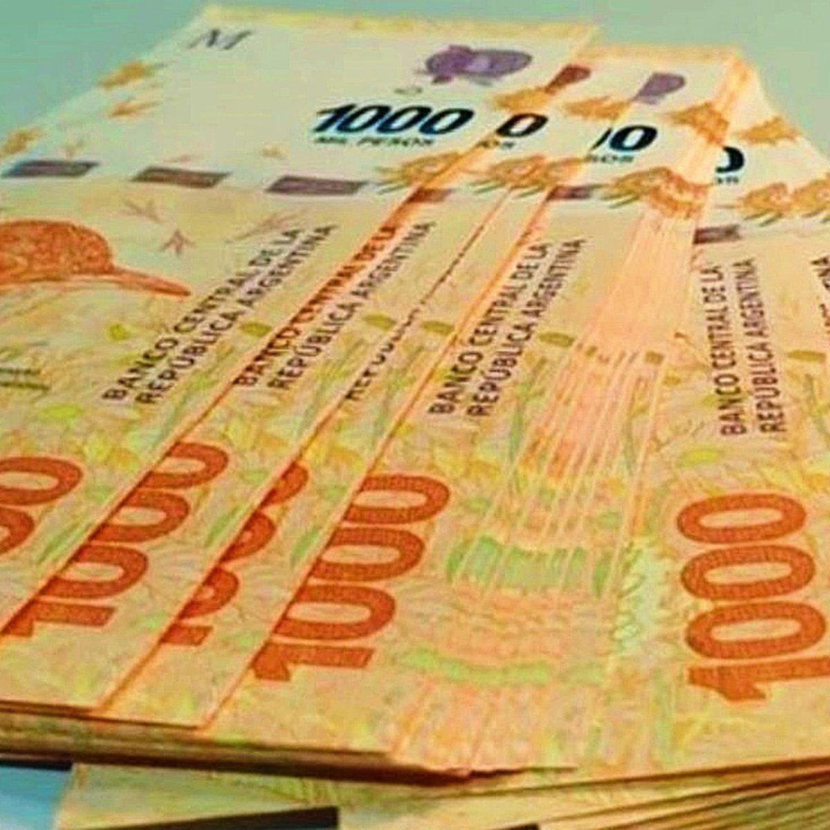 La emisión de billetes de 1000 sigue a toda marcha