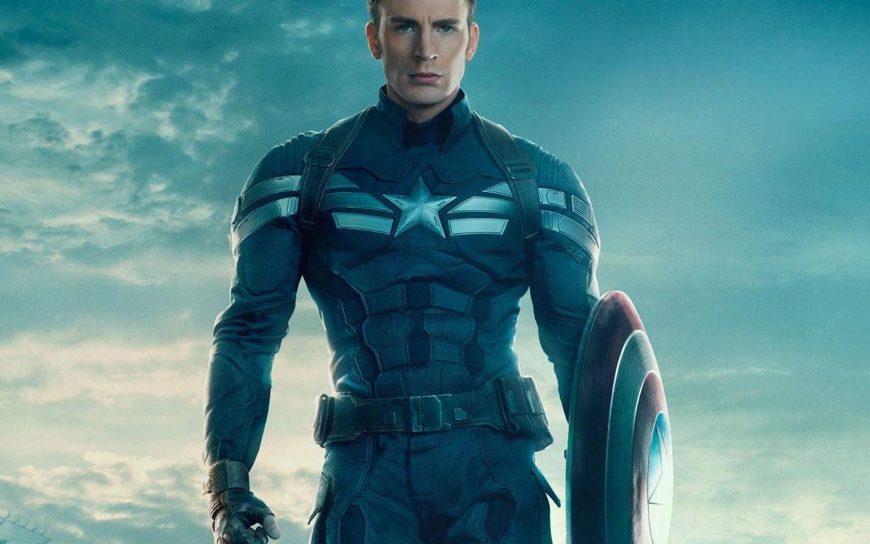"""""""Capitán América"""" aprovechó la atención por su gran pene y animó a votar"""