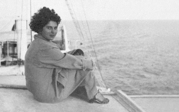 El homenajea la poeta Mascha Kaléko, en el día que leyó por última vez