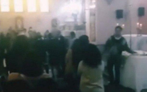 Reportan16 contagios de Covid-19y 900 aislados tras la celebración de una misa