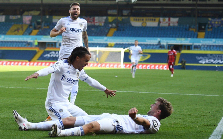 ¡Lluvia de goles! El Leeds de Bielsa le ganó 4-3 al Fulham