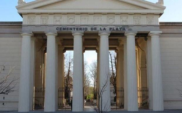Cómo es el protocolo que Provincia aprobó para las visitas a los cementerios