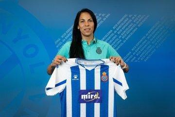 Vanina Correa fue presentada en el Espanyol