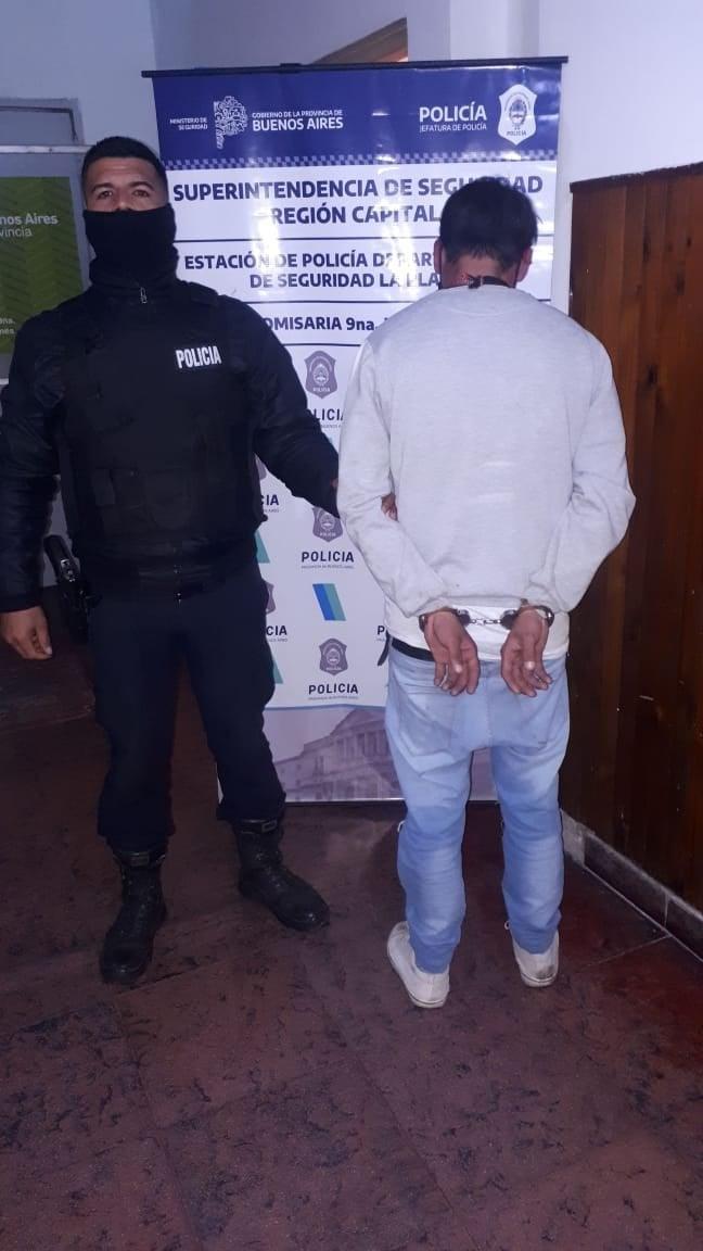 El Mondongo: los delincuentes meten miedo en patota o en moto