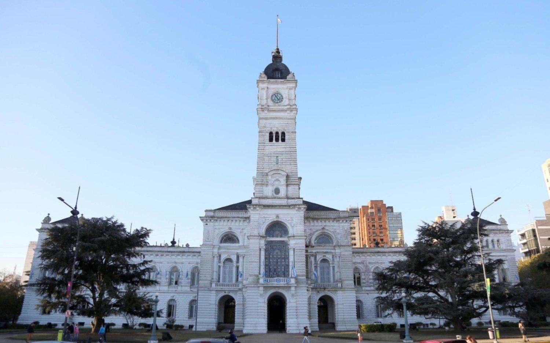 Paritarias municipales: sigue la negociación  pero se acercan posiciones con los gremios