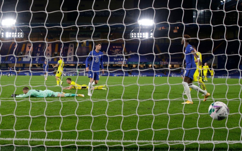 El Chelsea de Willy Caballero aplastó a Barnsley y se clasificó a octavos de final