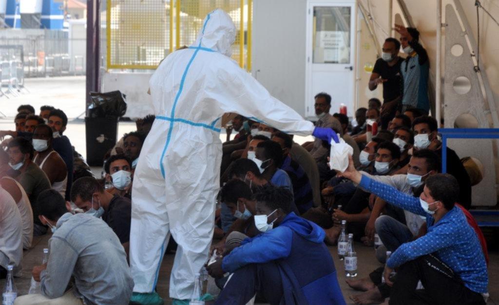 Controles reforzados y rápida deportación: la Unión Europea lanza un nuevo pacto migratorio