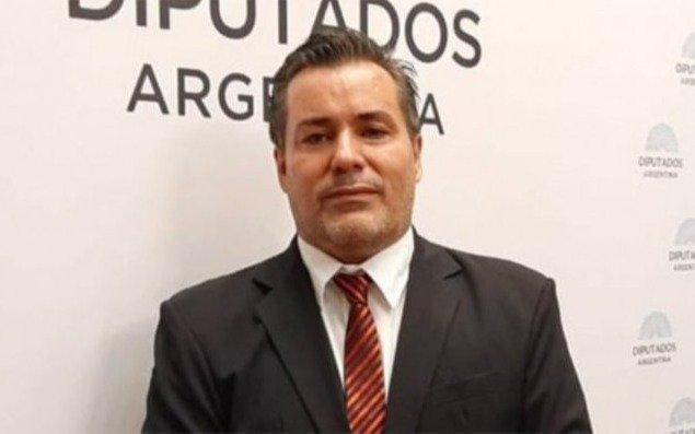Quién es Juan Emilio Ameri, el diputado que protagonizó el escándalosexual en plena sesión