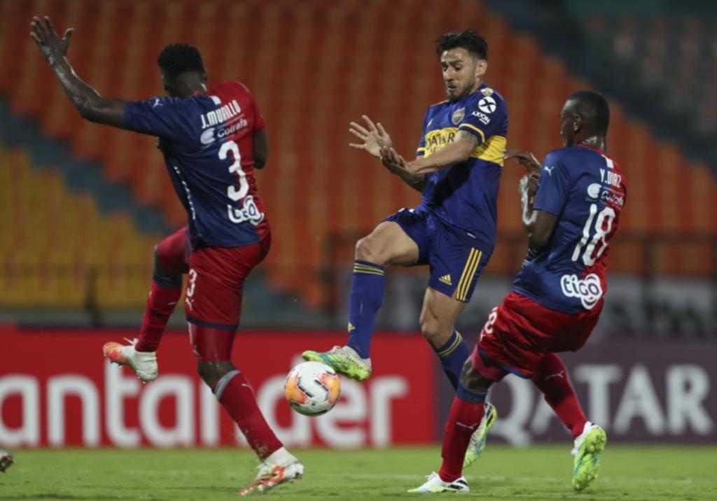 Boca despertó sobre el final y se trajo tres puntos de oro de Colombia