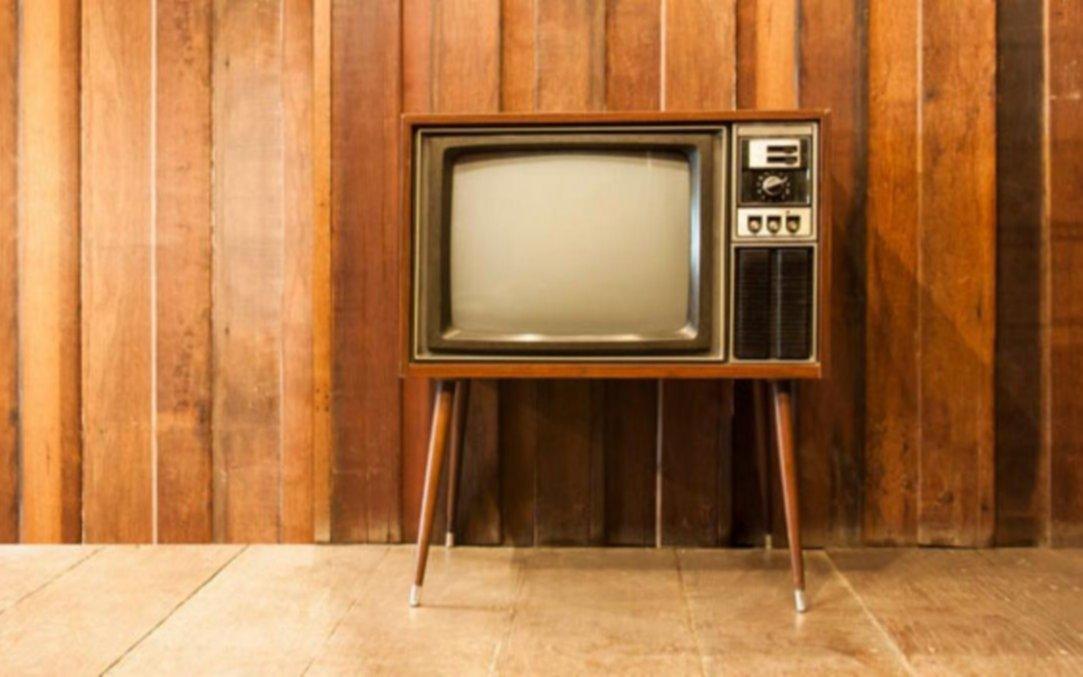 Un televisor de tubo dejaba sin internet a un pueblo entero todas las mañanas