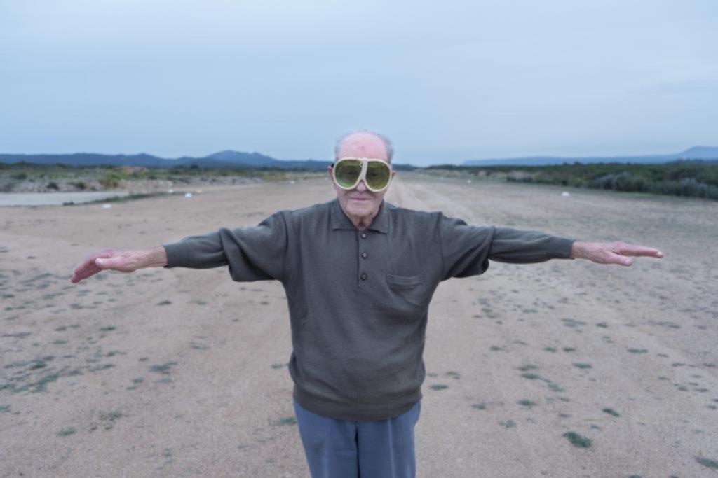 """""""¡Que vivas 100 años!"""": un viaje por el mundo en busca del secreto de la longevidad"""