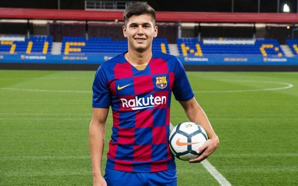 El juvenil de Boca que saltó al banco de suplentes del Barcelona