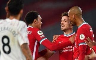 Premier League: Triunfos de Liverpool y el Aston Villa de Emiliano Martínez