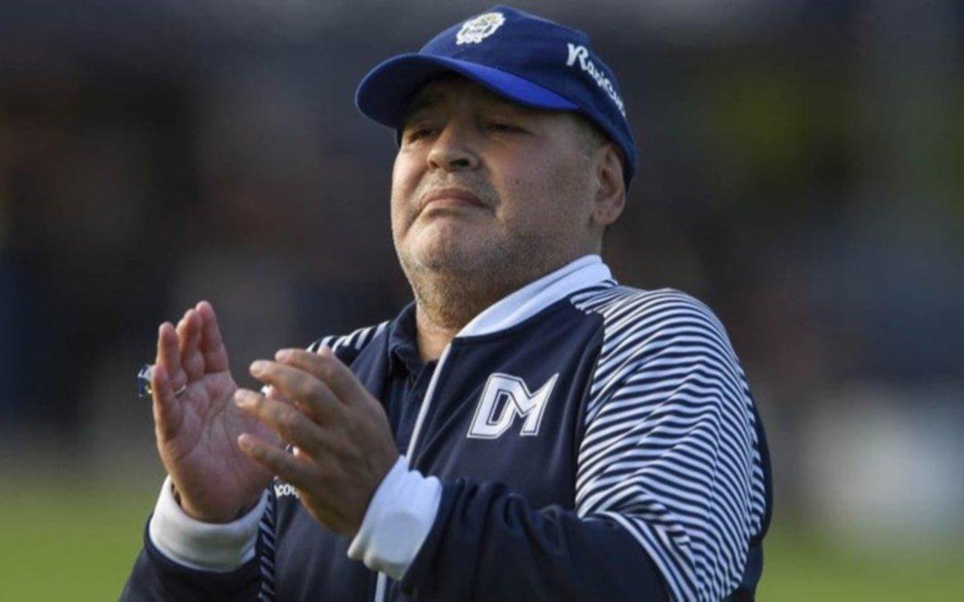 Maradona quiere juntar a todos sus hijos para su cumpleaños número 60