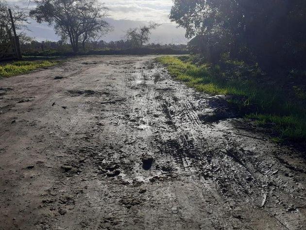 La lluvia dejó en peor estado a la mayoría de las calles de Parque Sicardi