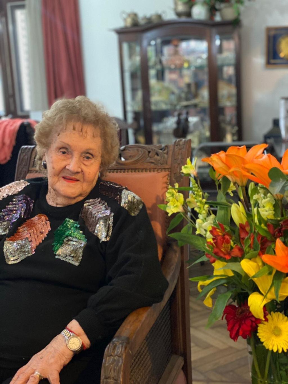 Lía Raquel Maestri festejó sus 102 años en un encuentro plagado de anécdotas y risas