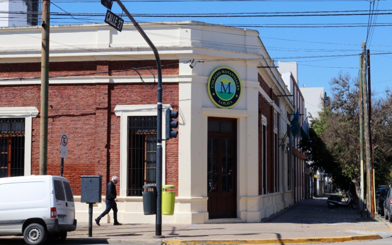 ¿Cuántos alumnos se intoxicaron en la escuela de La Plata y qué respondieron las autoridades?