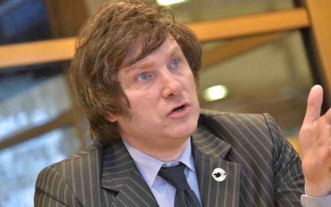 Javier Milei propuso un sistema de vouchers para que los ciudadanos elijan donde estudiar