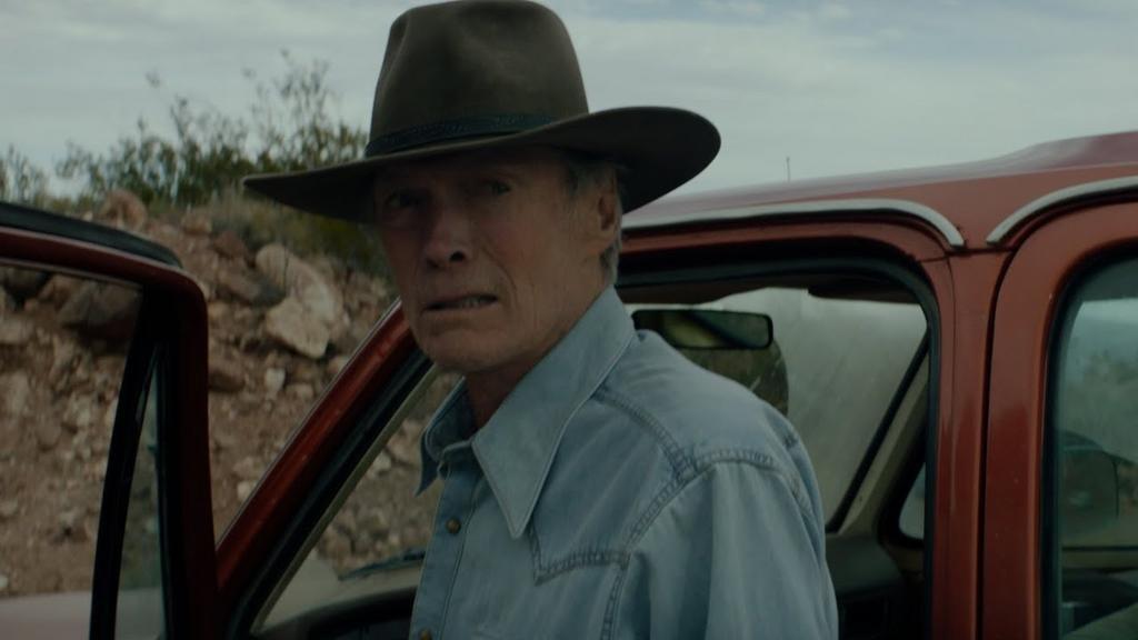 """Cry Macho"": un Eastwood sentimental baila boleros contra la masculinidad arcaica"