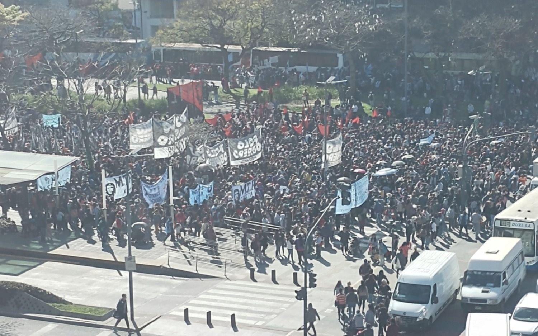 Por pedido del Presidente, suspenden la marcha de apoyo al Gobierno