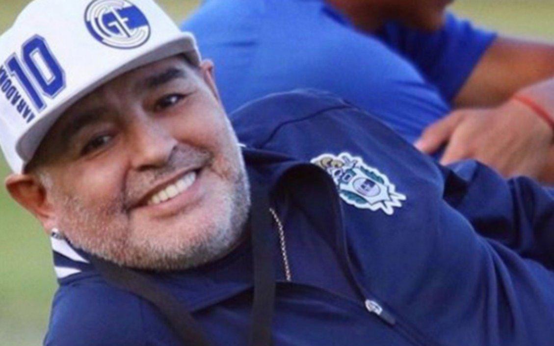 Maradona: acuerdo entre sus hijos para reactivar las redes sociales de Diego