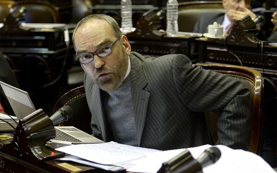 """""""Irresponsable"""" y """"demencial"""": la reacción de la oposición tras la carta de Cristina"""