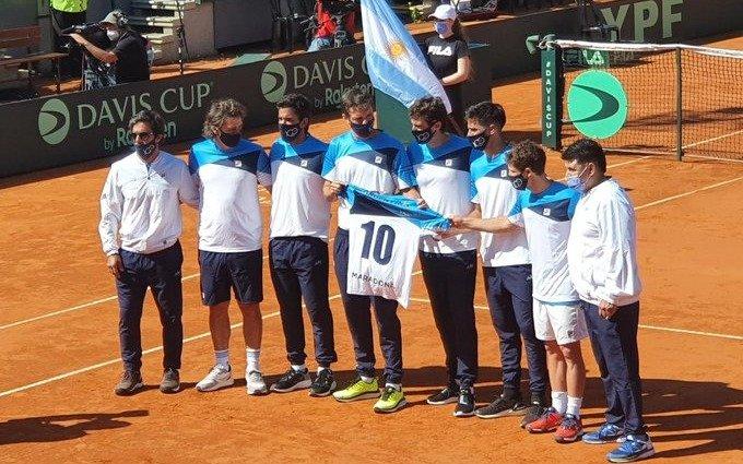 VIDEO: El homenaje del equipo argentino de Copa Davis a Diego Maradona