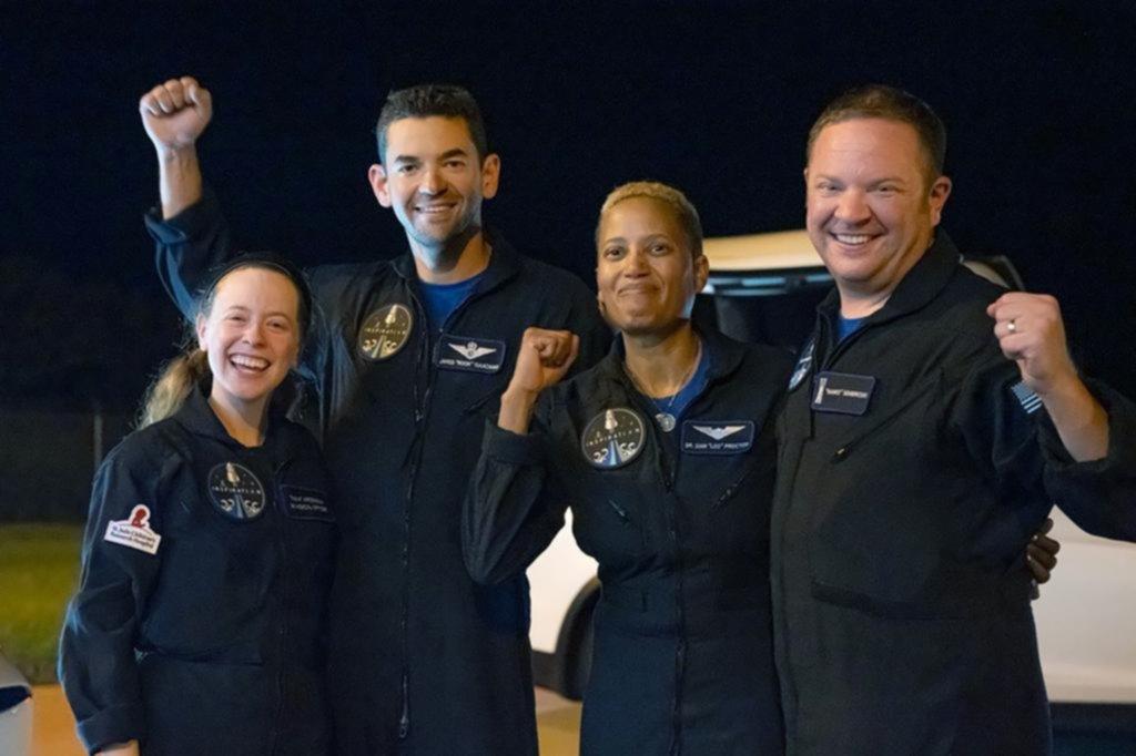 Están de regreso: hicieron historia los turistas espaciales de la mano de SpaceX
