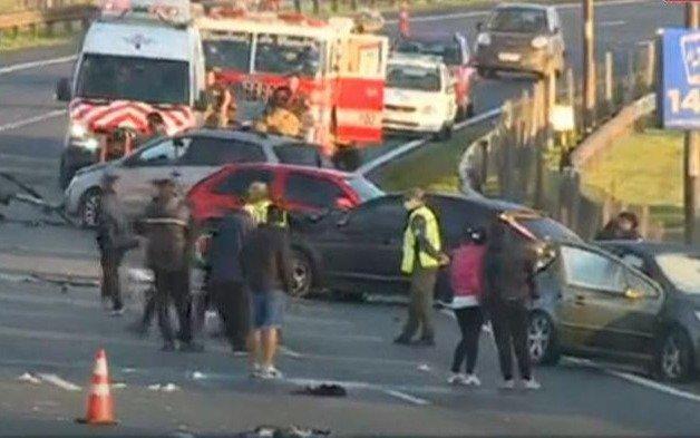 Múltiple choque en la Panamericana con saldo de dos jóvenes muertos