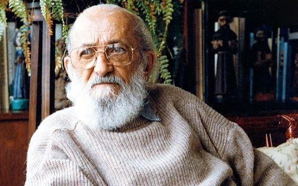 Google homenajeó a Paulo Freire a 100 años de su nacimiento