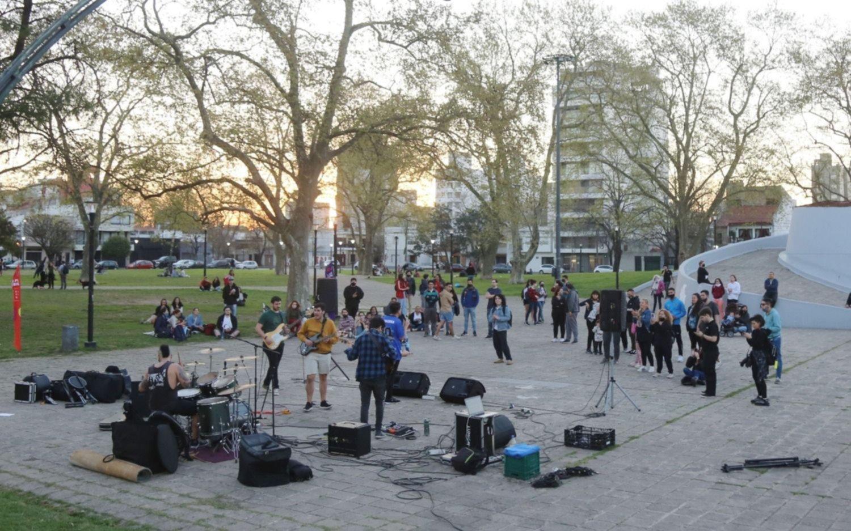 Escenarios al aire libre y salas de exposición para celebrar la llegada de la primavera