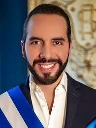 """Dictador de El Salvador"": Bukele burlón en Twitter"