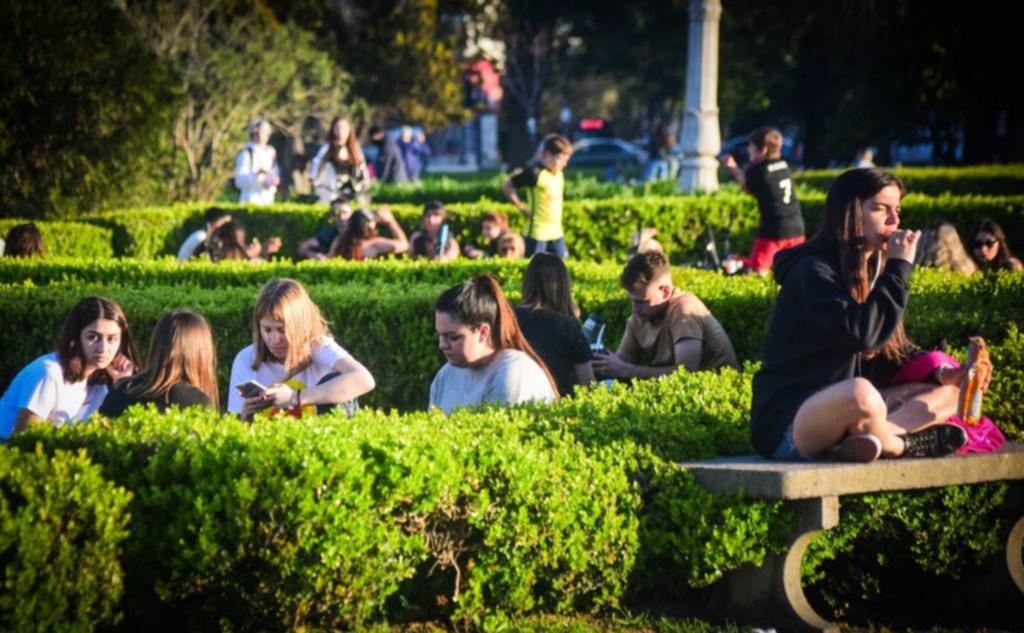 ¡Llegó la primavera y así se festeja en La Plata!: fresca, con música y sin clases