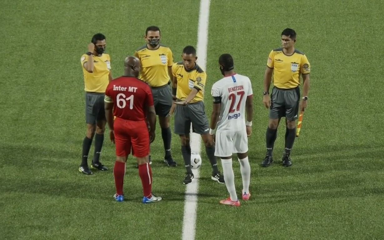 El equipo de Troglio goleó en la Liga Concacaf: en el rival jugó el vicepresidente de Surinam, de 60 años